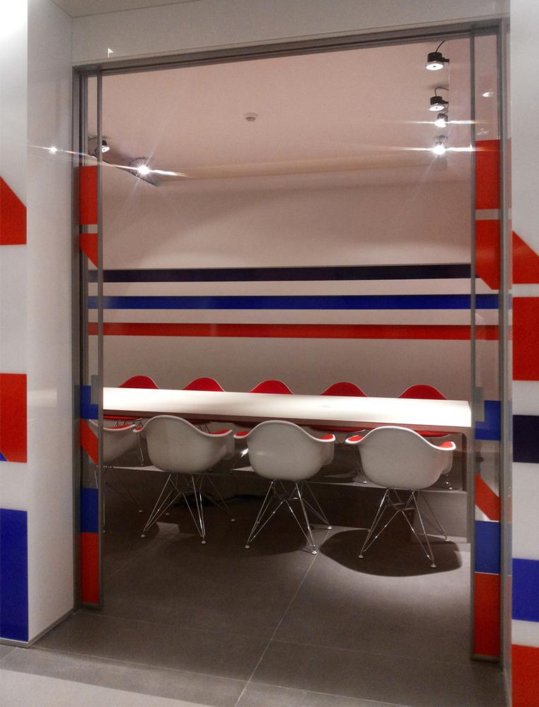 Andrea Gattei Architetto - Commercial - interni sala riunioni SMP Racing Montecarlo