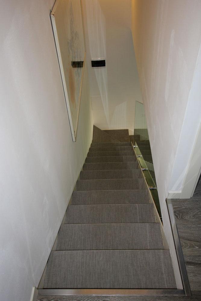 Andrea Gattei Architetto - Residential - Villa Rosa - particolari scala villa Rimini