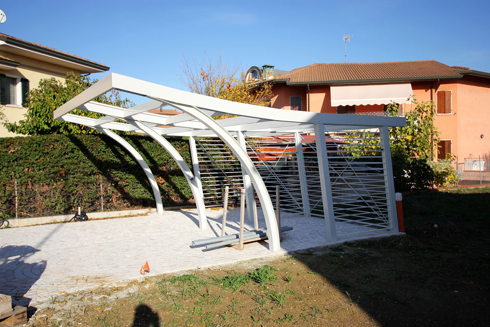 Andrea Gattei Architetto - Residential - Villa dell\'Ottocento - esterni carport villa